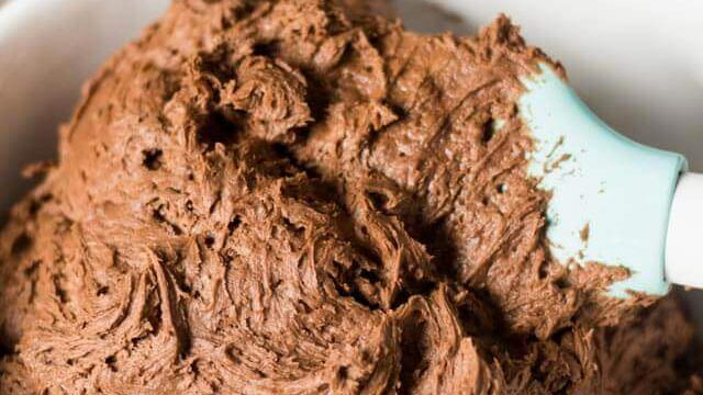 chocolate frosting made with butter and cream